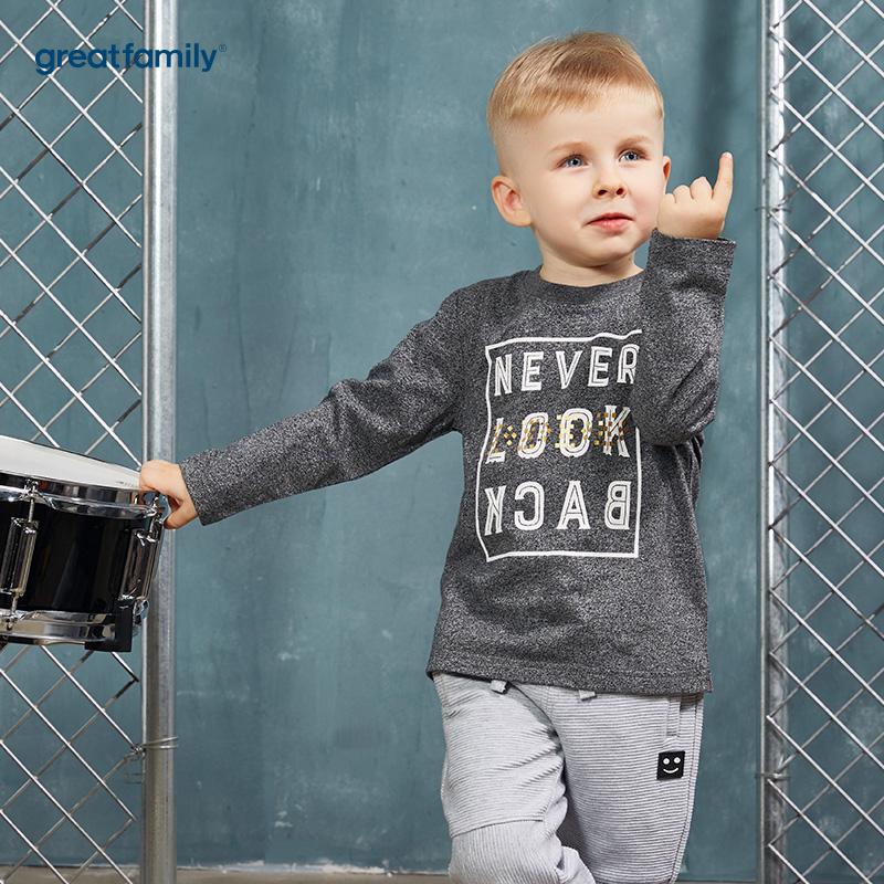 歌瑞家(Greatfamily)A类酷帅宝贝男童深灰色字母印花铆钉装饰圆领T恤