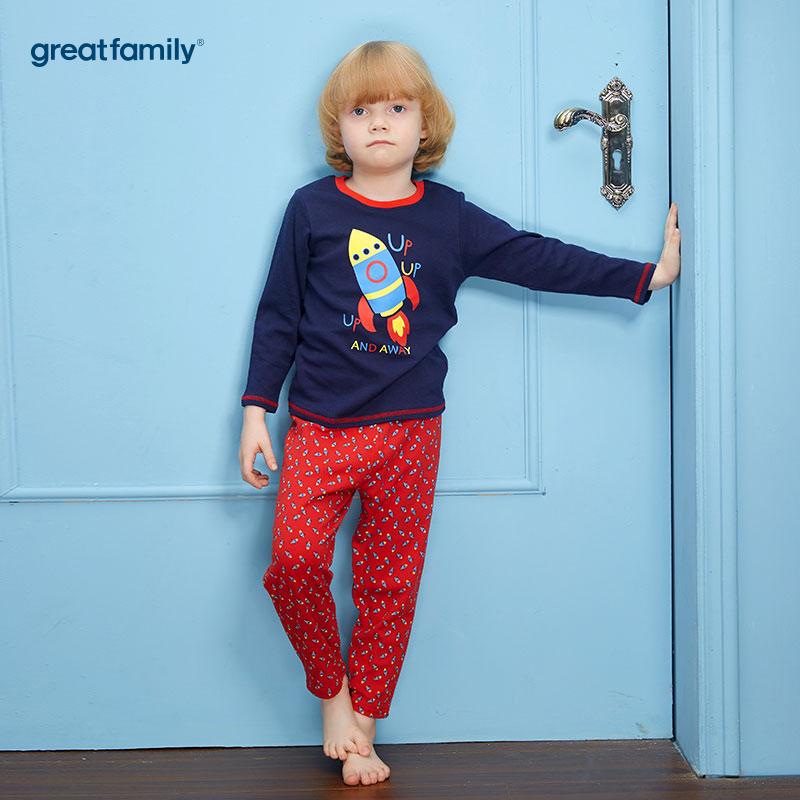 歌瑞家(Greatfamily)A类双面布纯棉男童蓝色上衣小火箭印花图案红色印花裤子圆领套装/家居套装