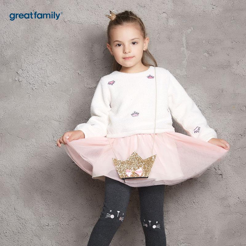 歌瑞家(Greatfamily)A类女童混色绣花仿羊羔绒配荷叶边连衣裙