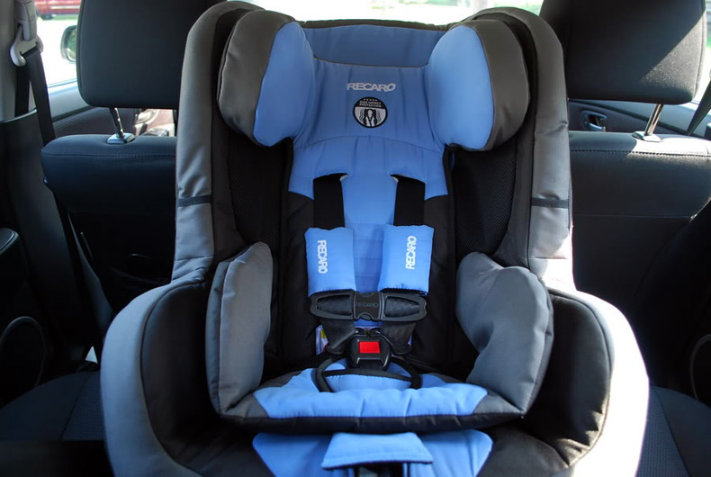 recaro美国队长儿童汽车安全座椅红色